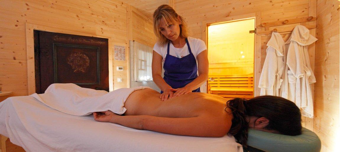 Sauna und Massagen im Bauernhofurlaub in den Dolomiten